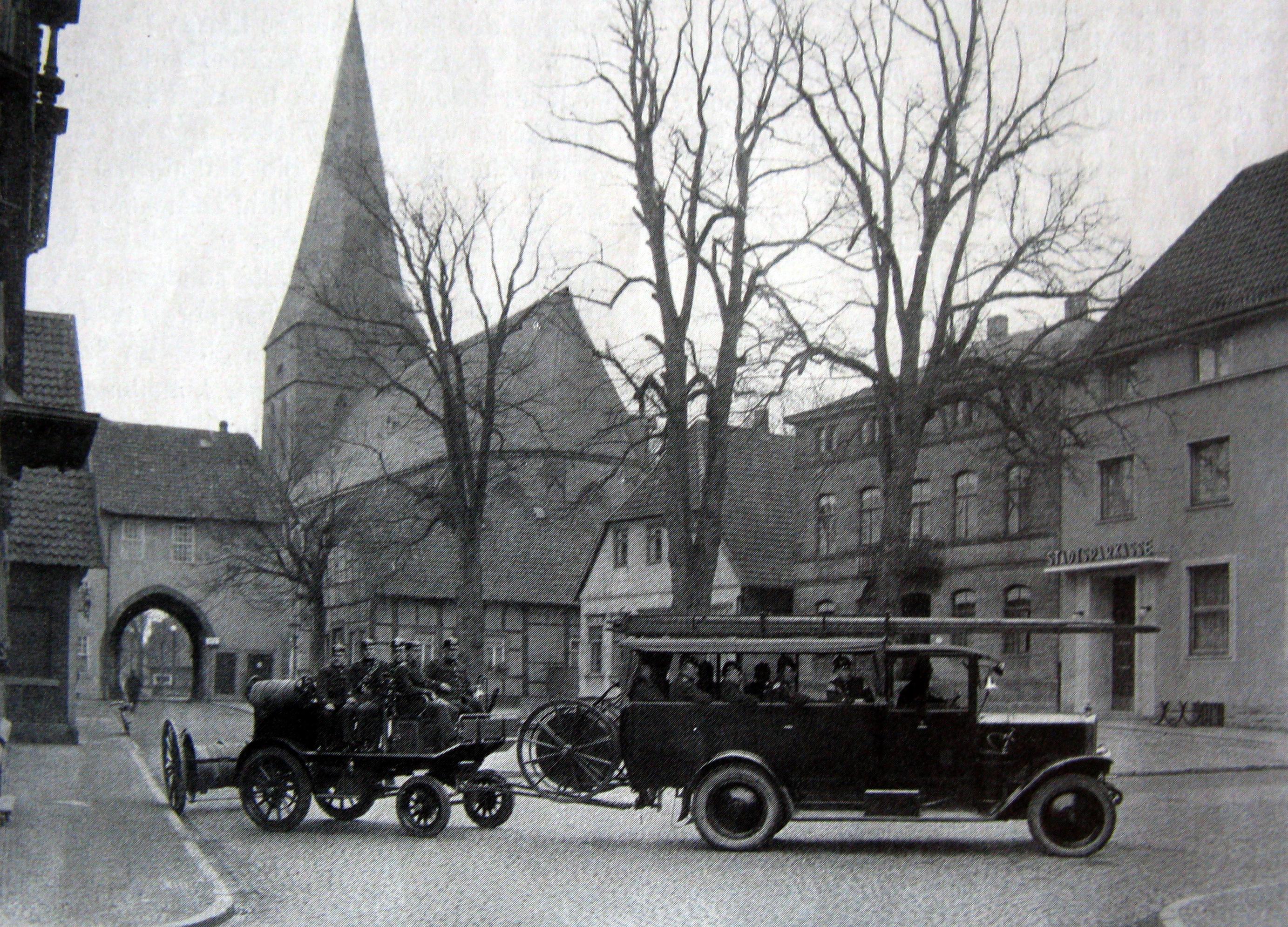 Eisatzübung-Rathausplatz-1931
