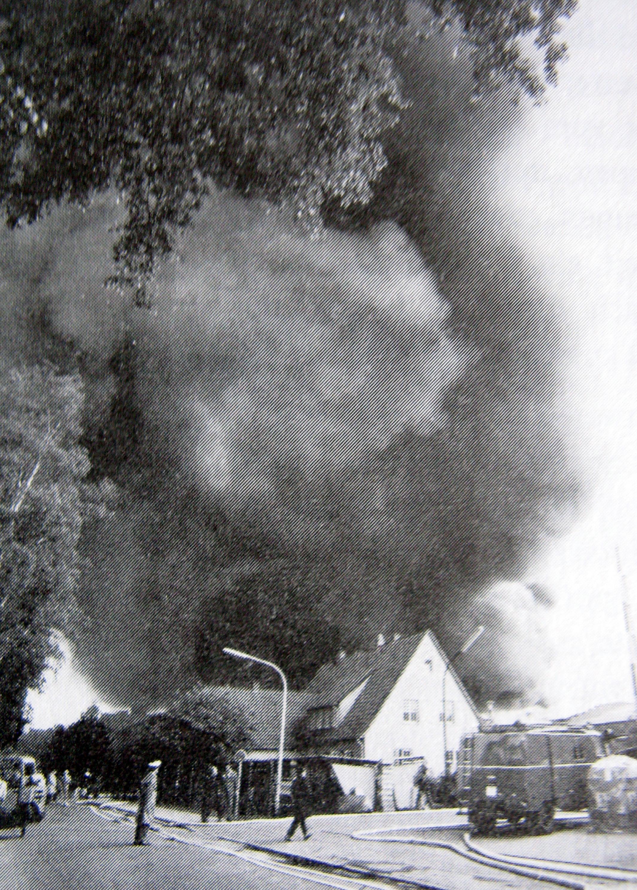Großbrand-BK-RahestrOktober-15-05-1972