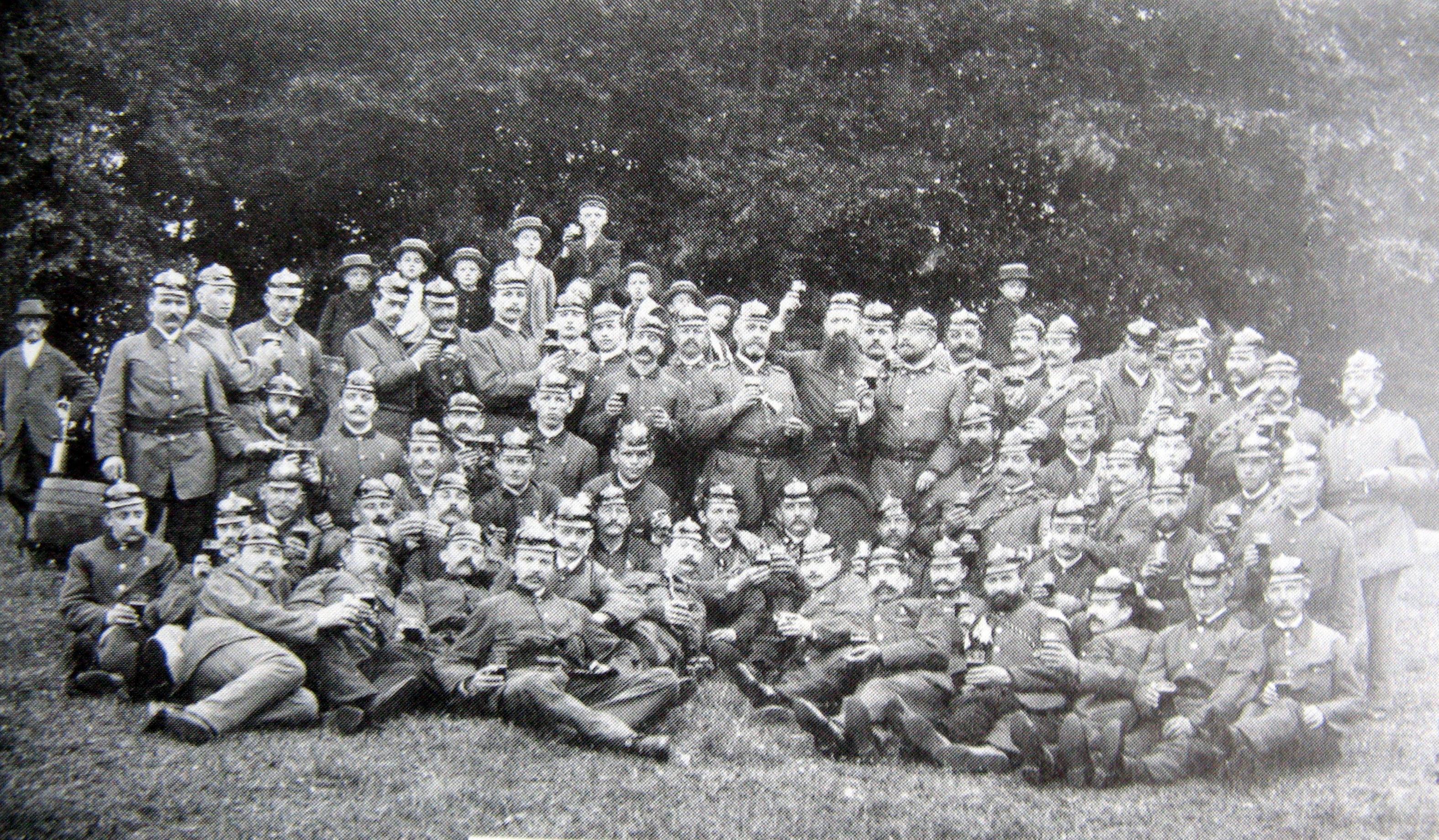 Waldbrandübung-FFL-um-1900