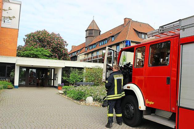 Feuerwehr-ist-schnell-zur-Stelle-Fernseher-im-Haus-Widum-brennt_image_630_420f_wn