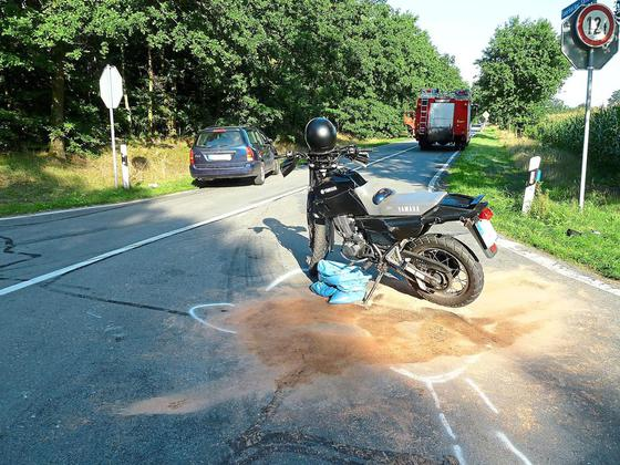 Motorradfahrer-in-Unfall-verwickelt-Zwei-Personen-leicht-verletzt_image_630_420f_wn